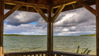 """Pavillon am Julia Bay - Ein Motiv aus dem Kalender """"Manitoulin Island"""" von Michael Stollmann - fotoglut.de"""
