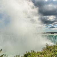 """Niagara Fälle mit Gischt - Ein Motiv aus dem Kalender """"Manitoulin Island"""" von Michael Stollmann - fotoglut.de"""