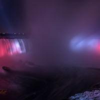 """Niagara Fälle bei Nacht - Ein Motiv aus dem Kalender """"Manitoulin Island"""" von Michael Stollmann - fotoglut.de"""