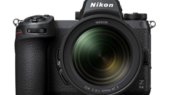 Nikon Z6II - Frontalansicht mit Z 24-70
