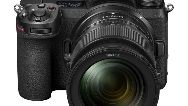 Nikon Z6II - mit Z24-70 | Ansicht von schräg oben