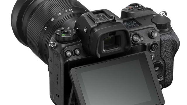 Nikon Z6II - Montior angeklappt