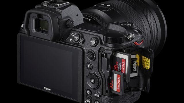 Nikon Z6II - die zwei Kartenslots
