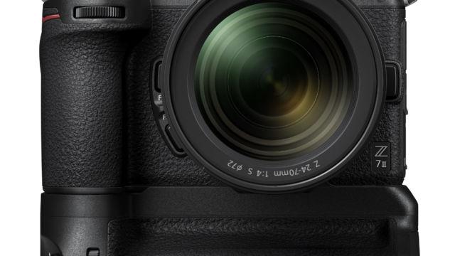 Nikon Z7II - mit MB-N11 Frontansicht