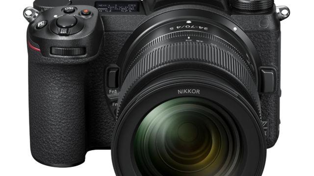 Nikon Z7II - mit 24-70 F/4 von vorne oben