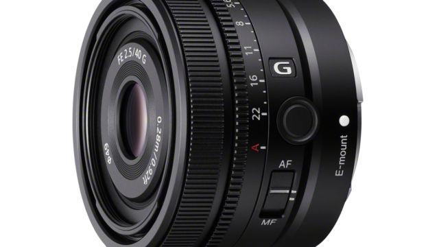 Sony FE 40 Millimeter F2.5 G - Seitenansicht